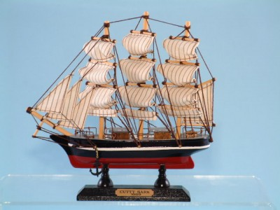 The Cutty Sark Model Ship 20cm